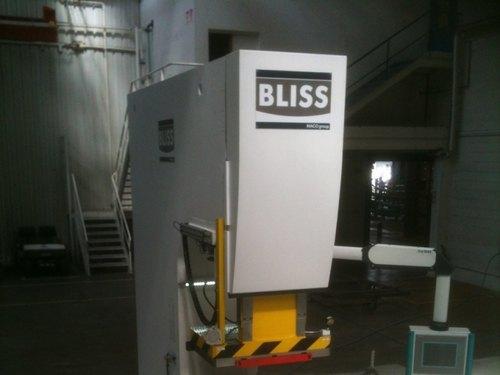Airbus achète une 3ième presse de marque BLISS-BRET en deux ans