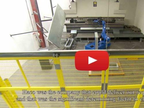 Eine Biegezelle für Sima, Hersteller von Anlagen zur Oberflächenbehandlung