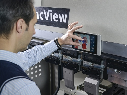 A new twist to human-machine interaction in press brakes: SyncView